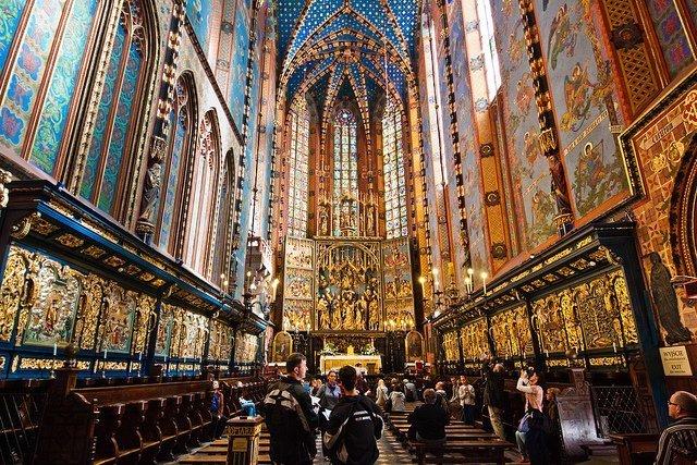 basilica di santa maria nel centro storico di Cracovia, una delle tappe più importanti della strada reale