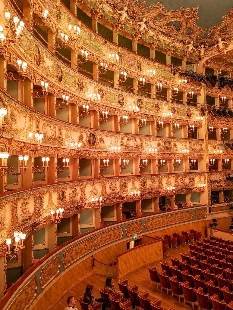 Teatro la Fenice: una visita nel passato di Venezia