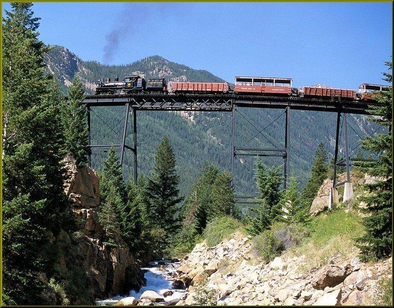I 10 viaggi in treno più pericolosi del mondo: il Georgetown Loop Railroad