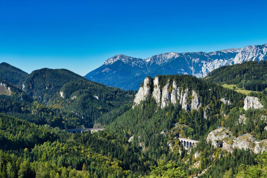 Viaggi in treno panoramici in Europa e nel mondo: la ferrovia del Semmering