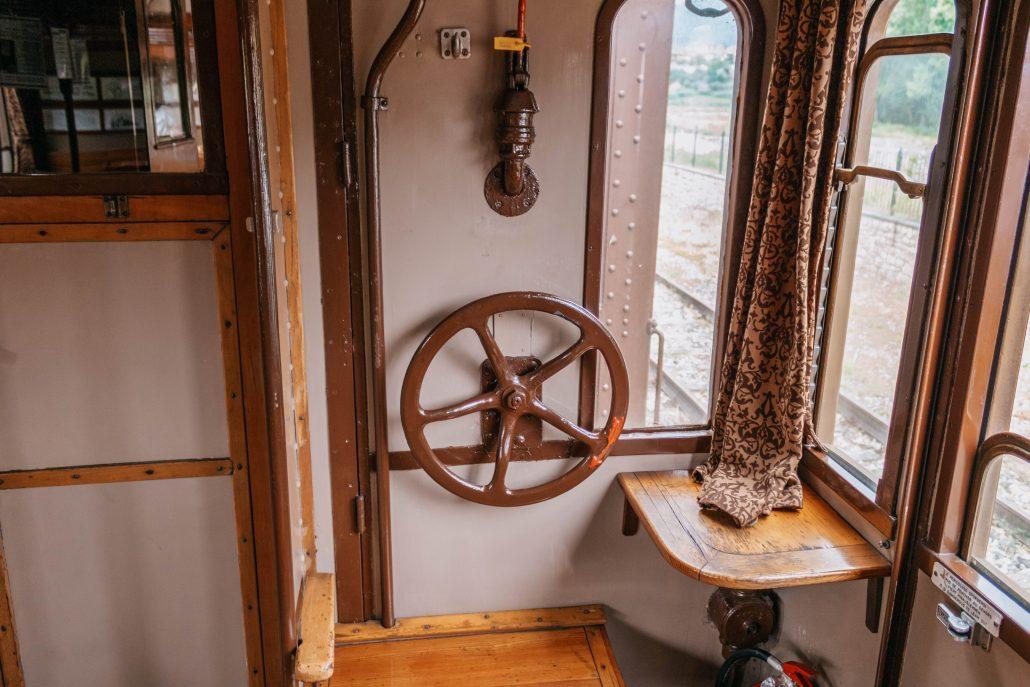 Sebino Express, da Milano in treno per lago d'Iseo