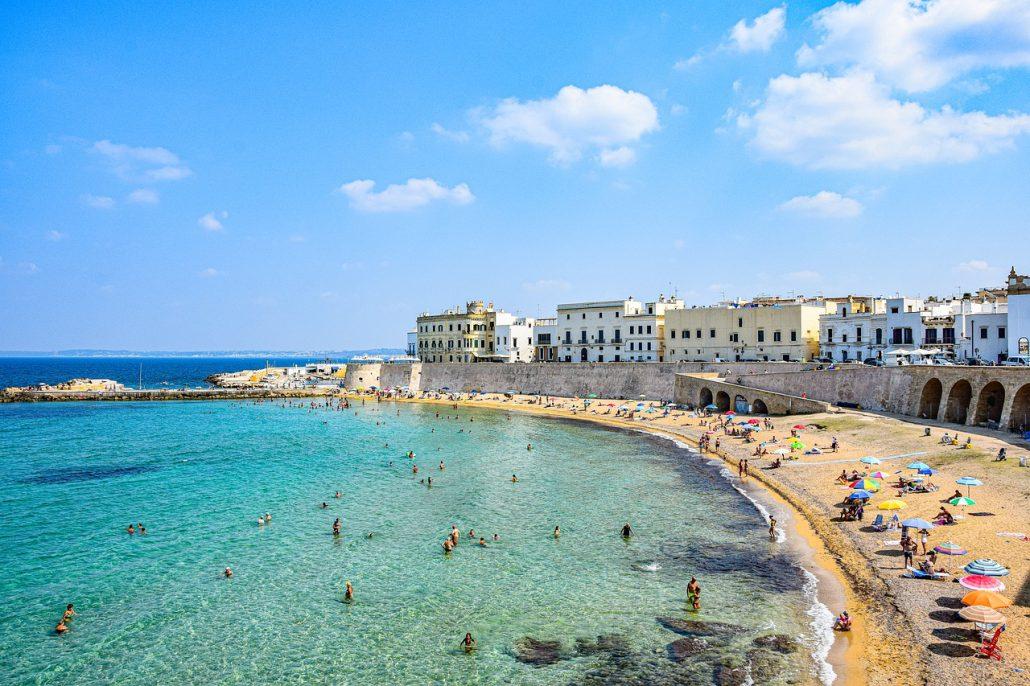 Spiagge raggiungibili in treno in Italia: Puglia e Salento